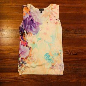 {Escada} - Sweater Sleeveless Floral Tank - Medium